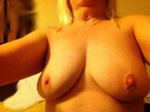 Candace slave escorts in Great Malvern