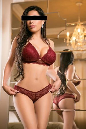 Stefana hot escorts Lawrence